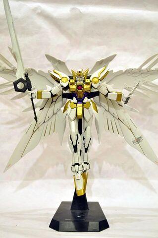 File:Gold wing zero.jpg