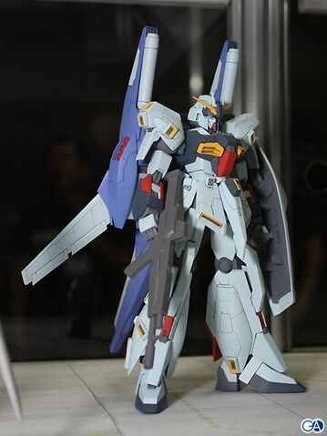File:Re-gz amuro custom.jpg