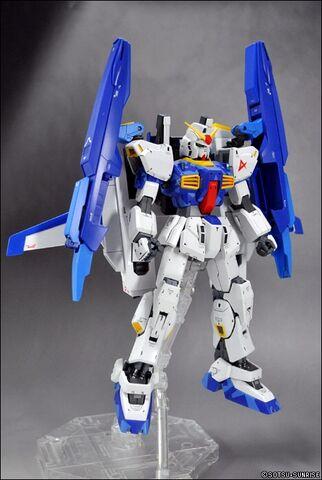 File:Super Gundam Amuro.jpg