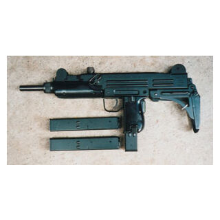 Uzi with two spare magazines