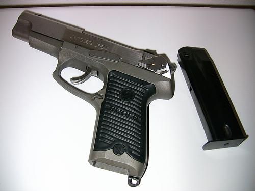 Archivo:Handgun.jpg