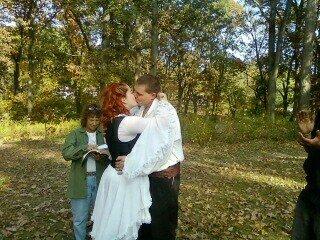 File:Isk8-Wedding2.jpg