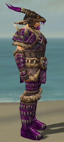 File:Warrior Charr Hide Armor M dyed side.jpg