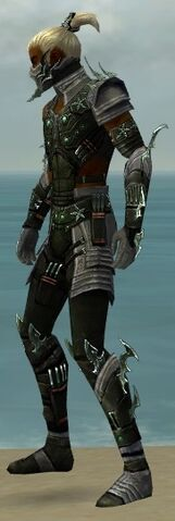 File:Assassin Elite Luxon Armor M gray side.jpg