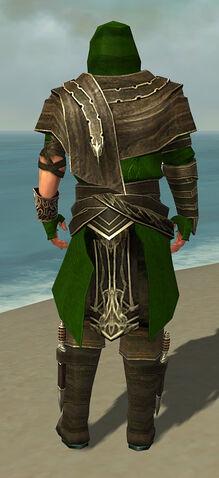 File:Shining Blade Uniform M default back.jpg