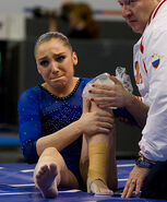 Aliya mustafina knee injury
