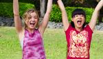 Ondina And Weilan Cheering