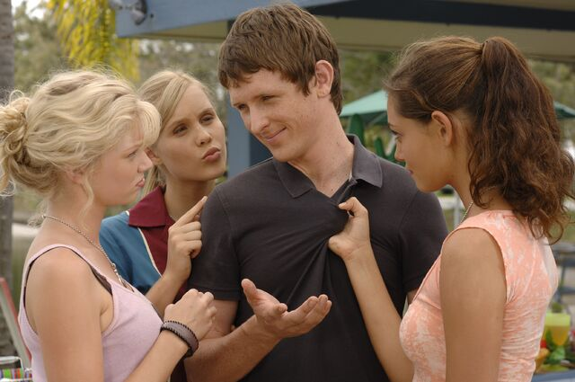 File:Girls With Nate.jpg