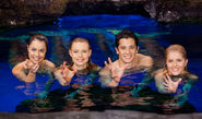 Mako Mermaids Power Gestures