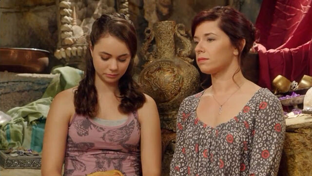 File:Rita and Nixie.jpg