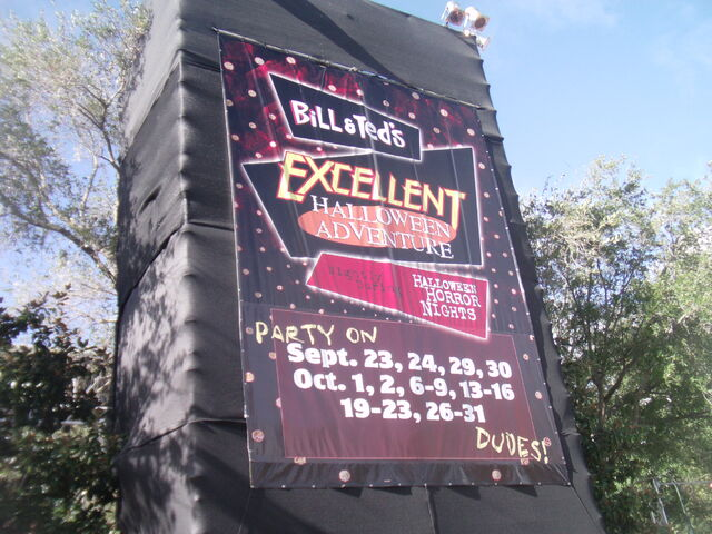 File:Bill and Ted Orlando 2011 Sign.JPG