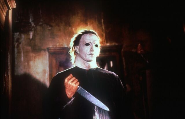 File:Halloween-5-michael-myers-8960717-1200-774.jpg