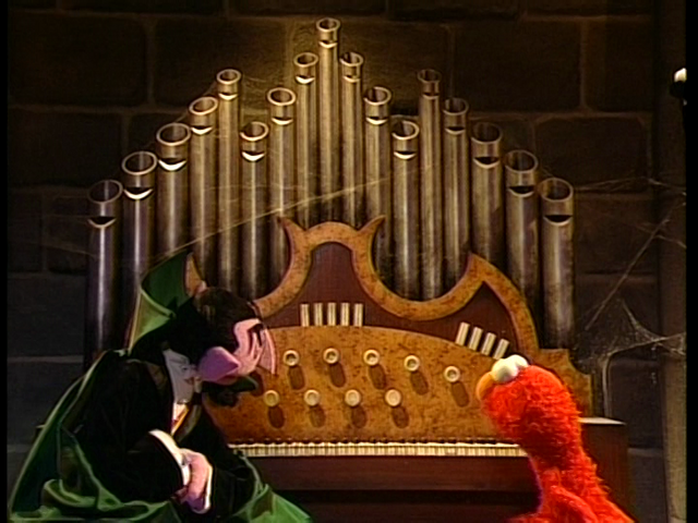File:Elmo Says BOO! 239.png