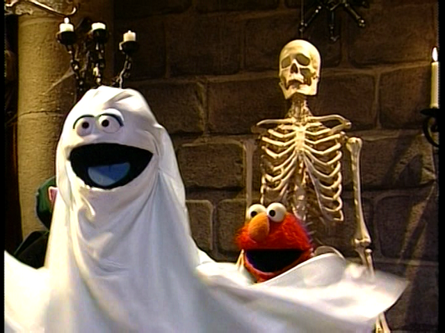 File:Elmo Says BOO! 51.png