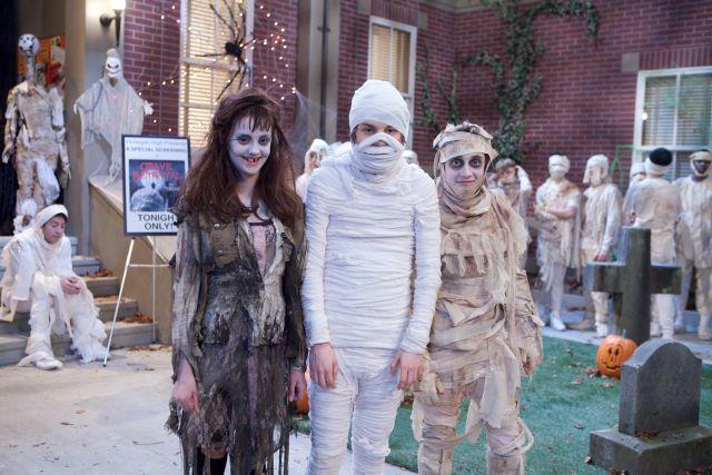 File:Mr. Mummy.jpg