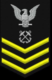 File:PO1 insignia.png
