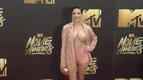 Halsey MTVMovieAwards Red Carpet