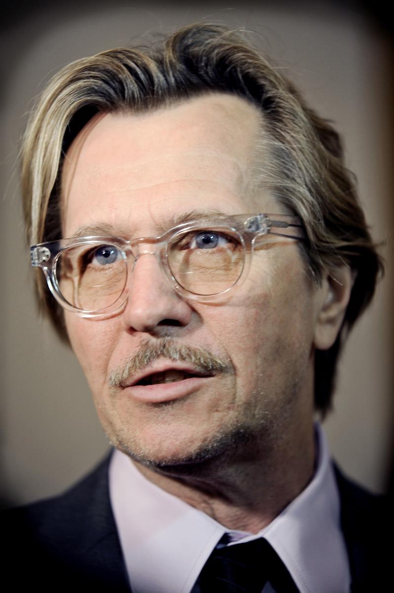Gary Oldman | Hannibal Wiki | FANDOM powered by Wikia Ellen Page Height