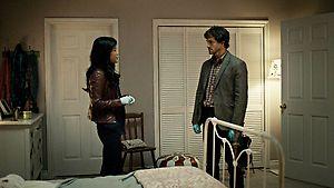 File:1x01 BeverlyAndWill.jpg