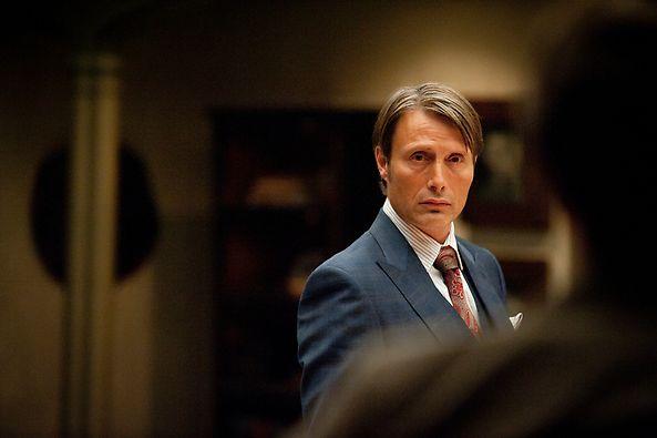 File:1x02 HannibalAndWill.jpg