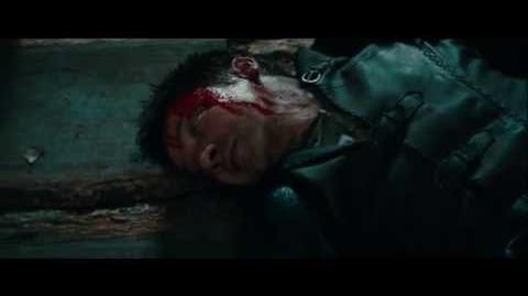 Hansel & Gretel violent scenes