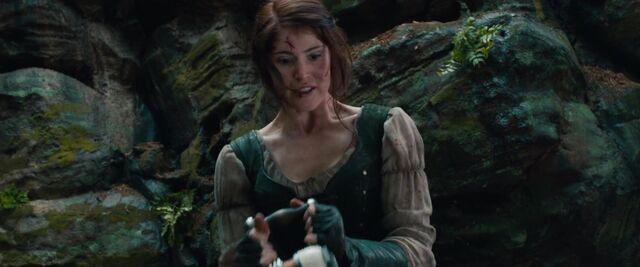 File:Gretel holds the taser.jpg