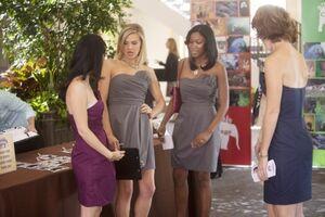 HAPPY-ENDINGS-Full-Court-Dress-Season-2-Episode-8