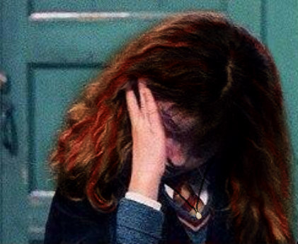 File:Willa crying after draco calls her a mudblood.jpg