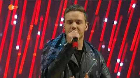 "One Direction ""Steal My Girl"" Live Performing-The X Factor"