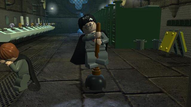 File:Lego2 Harry bathroom.jpg