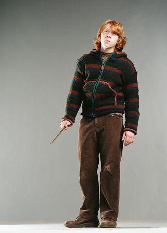 File:Rupert Grint as Ron Weasley (GoF-08).jpg