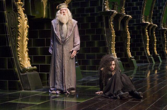 File:Albus Dumbledore and Bellatrix Lestrange (Order of the Phoenix movie).jpg