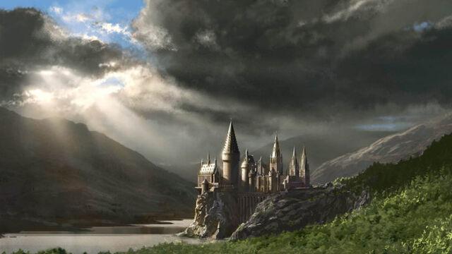 File:HogwartsCastle WB F5 HogwartsAndHogsmeadeStation Illust 100615 Port.jpg