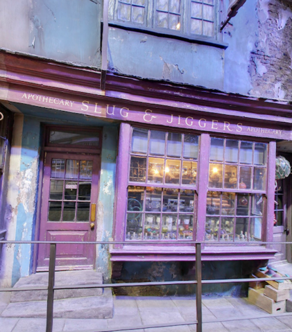 File:Diagon-Alley-Slug-and-Jiggers-Apothecary.png