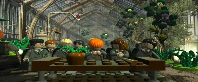 File:Greenhouse I.jpg