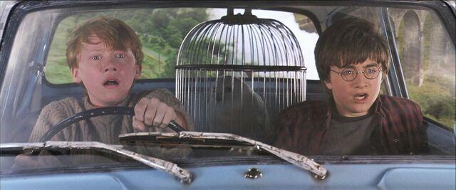 File:Harry-potter2-flying ford.jpg