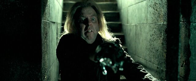 File:Timothy-Spall Harry-Potter-and-the-Deathly-Hallows-–-Part-1 2010.jpg