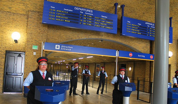 File:King'sCrossDepartures3.png