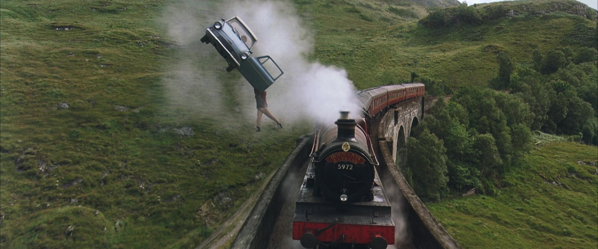 File:Ford Angela and Hogwarts Express.jpg
