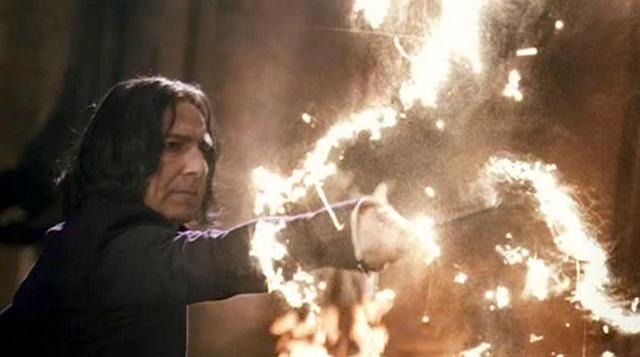File:SnapeExpelliarmus.png