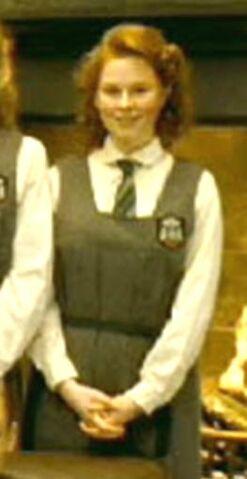 File:1940s female uniform.jpg
