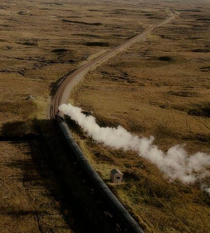 File:Hogwarts Express.jpg