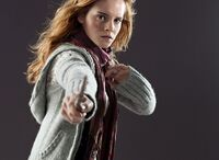 DH1 Hermione Granger in her muggle attire 01