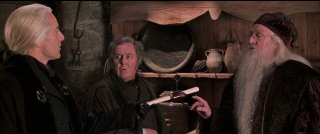 File:Lucius-Fudge-Dumbledore.jpg