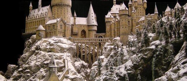 File:Hogwarts in Chamber of Secrets.jpg