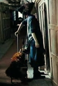 File:Leaky Cauldron POA maid 1.jpg
