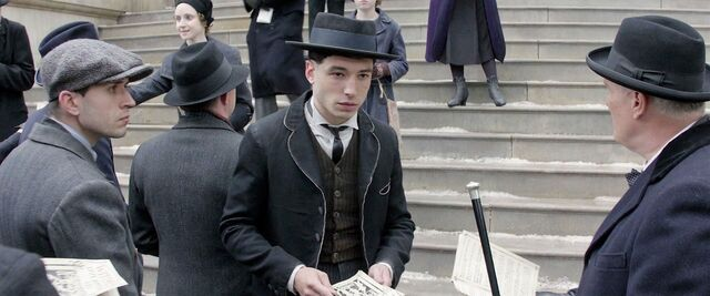 File:Fantastic-beasts-credence bank.jpg