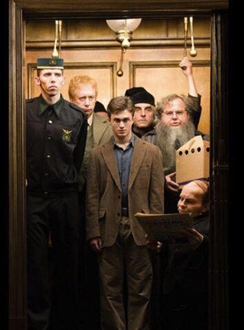 File:Large Harry In Ministry Lift-p85805mi.jpg