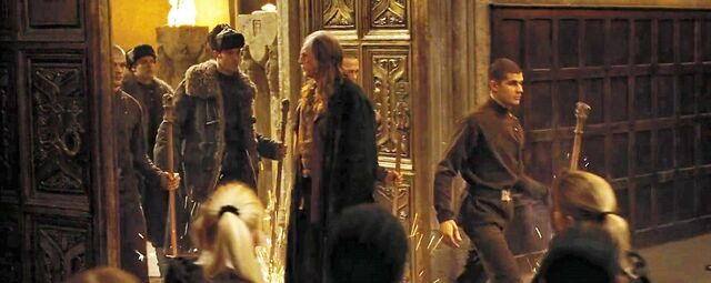 File:Harry-potter-goblet-of-fire-filch great hall.jpg