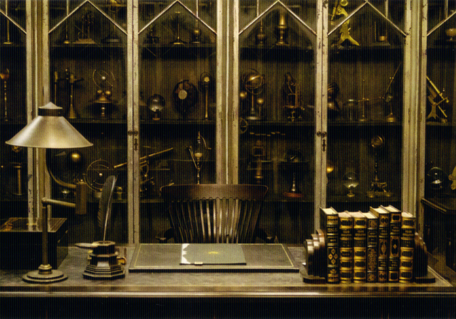 File:Graves' Office.png